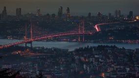 Ημέρα χρόνος-σφάλματος γεφυρών Bosphorus 4K στη νύχτα