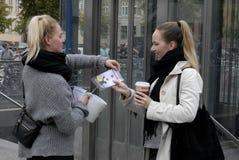 ΗΜΕΡΑ ΣΥΛΛΟΓΗΣ ΔΩΡΕΑΣ ΕΡΥΘΡΩΝ ΣΤΑΥΡΩΝ Στοκ εικόνα με δικαίωμα ελεύθερης χρήσης
