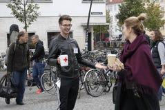 ΗΜΕΡΑ ΣΥΛΛΟΓΗΣ ΔΩΡΕΑΣ ΕΡΥΘΡΩΝ ΣΤΑΥΡΩΝ Στοκ φωτογραφίες με δικαίωμα ελεύθερης χρήσης