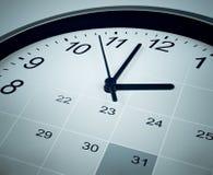 Ημερολόγιο και πρόσωπο ρολογιών Χρονικοί διευθυντής και ημερήσια διάταξη Στοκ Φωτογραφία