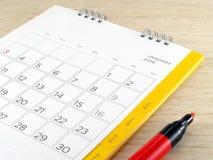 Ημερολόγιο με την κόκκινη μάνδρα δεικτών Στοκ Εικόνες