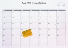 Ημερολόγιο οργάνων ελέγχου υπολογιστών για την ημέρα 2017 φορολογικής αρχειοθέτησης Στοκ φωτογραφία με δικαίωμα ελεύθερης χρήσης