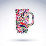 Δημιουργική κούπα μπύρας που διακοσμείται με το διανυσματικό floral σχέδιο αλκοολών Στοκ Εικόνα
