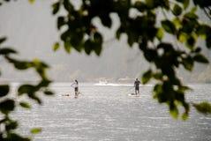 Ημισέληνος λιμνών κουπί-επιβίβασης στοκ εικόνες