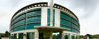 Ημισεληνοειδές κτήριο - εταιρικό γραφείο της ομάδας Maruti Suzuki, Bharti και ηρώων Στοκ φωτογραφίες με δικαίωμα ελεύθερης χρήσης