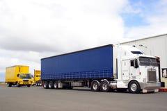 ημι truck Στοκ εικόνα με δικαίωμα ελεύθερης χρήσης