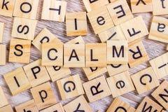 ηρεμία - κύβος με τις επιστολές, σημάδι με τους ξύλινους κύβους Στοκ εικόνα με δικαίωμα ελεύθερης χρήσης