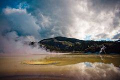 ηφαιστειακή ζώνη wai tapu rotorua ο στοκ φωτογραφία με δικαίωμα ελεύθερης χρήσης