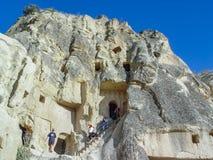 Ηφαιστειακοί απότομοι βράχοι και σχηματισμοί βράχου σε Cappadocia Στοκ Φωτογραφίες