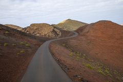 Ηφαιστειακό σεληνιακό τοπίο του εθνικού πάρκου Timanfaya Στοκ φωτογραφία με δικαίωμα ελεύθερης χρήσης
