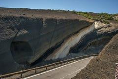 Ηφαιστειακό τοπίο στον τρόπο στο ηφαίστειο Teide Tenerife, Στοκ Εικόνες