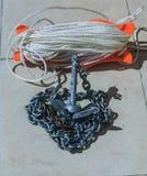 Η άγκυρα ενός σκάφους σε μια αλυσίδα, Νέα Ζηλανδία, φωτογραφία πήρε στη Νέα Ζηλανδία, η φωτογραφία είναι χρησιμοποιήσιμη στην κάρ Στοκ Εικόνα