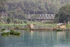 Η άκρη Rawa Pening Ambarawa Ινδονησία στοκ εικόνες