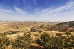 Η άποψη από το υποστήριγμα Nebo στους Άγιους Τόπους: η κοιλάδα της Ιορδανίας, η νεκρή θάλασσα Στοκ Φωτογραφία