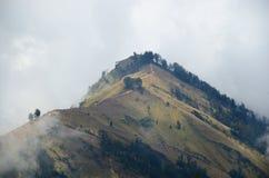 Η άποψη από το υποστήριγμα Rinjani, που λαμβάνεται με το φακό ματιών ψαριών, τοποθετεί Rinjani είναι ένα ενεργό ηφαίστειο σε Lomb στοκ φωτογραφίες με δικαίωμα ελεύθερης χρήσης