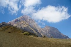 Η άποψη από το υποστήριγμα Rinjani, που λαμβάνεται με το φακό ματιών ψαριών, τοποθετεί Rinjani είναι ένα ενεργό ηφαίστειο σε Lomb στοκ εικόνα