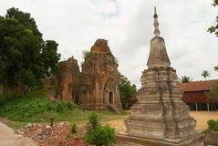Η άποψη στις καταστροφές του ναού Lolei σε Siem συγκεντρώνει, Καμπότζη Στοκ φωτογραφίες με δικαίωμα ελεύθερης χρήσης