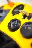 Η άποψη σχετικά με επινοεί εν πλω μέσα στο πιλοτήριο ενός trike στοκ εικόνες με δικαίωμα ελεύθερης χρήσης