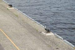 Η άποψη της αποβάθρας σε ένα λιμάνι Στοκ Φωτογραφία