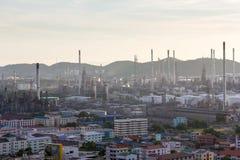 Η άποψη της βιομηχανίας πετρελαίου Στοκ Φωτογραφίες