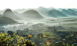Η άποψη Luoping, Yunnan Στοκ εικόνα με δικαίωμα ελεύθερης χρήσης