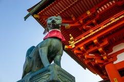 Η λάρνακα Ιαπωνία Inari Taisha Fushimi στοκ εικόνες