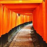 Η λάρνακα Inari Fushimi Στοκ Φωτογραφίες