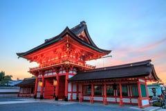 Η λάρνακα Inari Taisha Fushimi στο Κιότο, Ιαπωνία Στοκ Φωτογραφίες