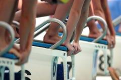 η έναρξη 009 κολυμπά Στοκ Φωτογραφίες