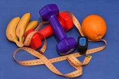 Η έννοια ενός υγιούς τρόπου ζωής, του αθλητισμού και της διατροφής Στοκ Φωτογραφίες