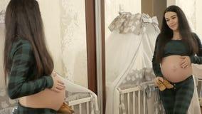 Η έννοια της μητρότητας απόθεμα βίντεο
