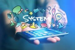 Η έννοια του smartphone εκμετάλλευσης ατόμων με τον τίτλο συστημάτων και Στοκ φωτογραφίες με δικαίωμα ελεύθερης χρήσης