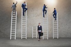 Η έννοια των άνισων ευκαιριών σταδιοδρομίας μεταξύ της γυναίκας ανδρών Στοκ Εικόνες