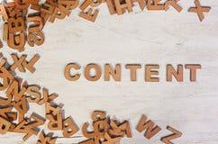 Η λέξη του περιεχομένου γράφεται τις ξύλινες επιστολές Στοκ φωτογραφία με δικαίωμα ελεύθερης χρήσης