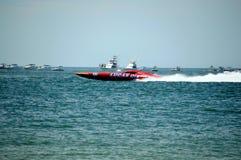 Η έξοχη βάρκα συναγωνίζεται παράκτια (πετρέλαιο του Lucas) Στοκ Εικόνα