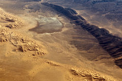 Η έρημος Σαχάρα που φαίνεται από το αεροπλάνο Στοκ φωτογραφία με δικαίωμα ελεύθερης χρήσης