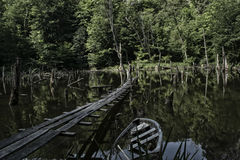 Η λίμνη στα βουνά Στοκ φωτογραφία με δικαίωμα ελεύθερης χρήσης