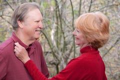 Η αγάπη αγκαλιάζει Στοκ φωτογραφία με δικαίωμα ελεύθερης χρήσης