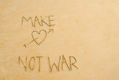 η αγάπη κάνει όχι τον πόλεμο Στοκ Φωτογραφία