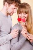 Η αγάπη καθαρίζει με το φλερτ καρδιών Στοκ Εικόνα