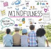 Η αισιοδοξία Mindfulness χαλαρώνει την έννοια αρμονίας στοκ φωτογραφίες