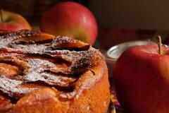 Η ακριβώς ψημένη πίτα μήλων Στοκ Εικόνα