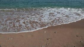Η ακτή, η παραλία της Αδριατικής, τοπίο με τις απόψεις του θερέτρου του budva φιλμ μικρού μήκους