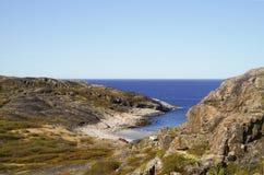 Η ακτή της Θάλασσας του Μπάρεντς Στοκ φωτογραφία με δικαίωμα ελεύθερης χρήσης
