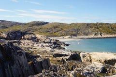 Η ακτή της Θάλασσας του Μπάρεντς Στοκ φωτογραφίες με δικαίωμα ελεύθερης χρήσης