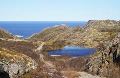 Η ακτή της Θάλασσας του Μπάρεντς Στοκ Εικόνες