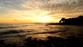 Η ακτή Benicasim στην ανατολή απόθεμα βίντεο