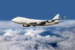 η ανασκόπηση απομόνωσε το μεγάλο λευκό αεροπλάνων Στοκ Φωτογραφία