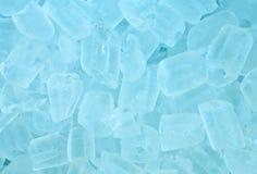 η ανασκόπηση κυβίζει τον πάγο στοκ φωτογραφίες