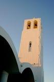η ανασκόπηση το ελληνικό ηφαίστειο όψης σκαφών santorini νησιών κρουαζιέρας bougainvillea Στοκ εικόνες με δικαίωμα ελεύθερης χρήσης